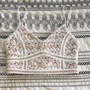 Kendall and Kylie Crop